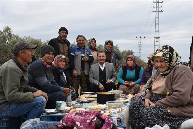 Başkan Tuna Geldi, Çiftçinin Yüzü Güldü