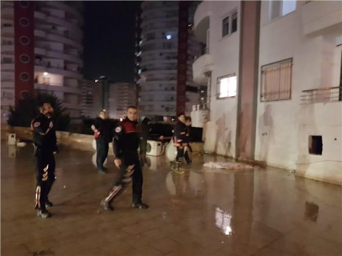 Mersin'de Genç Kız 8. Kattan Kendini Atarak İntihar Etti