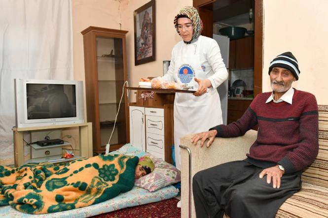 Hayırsız Evlat Haberi! Mersin'de Yaşayan Yaşlı Kara Kocayı Evlatları Terk Etti