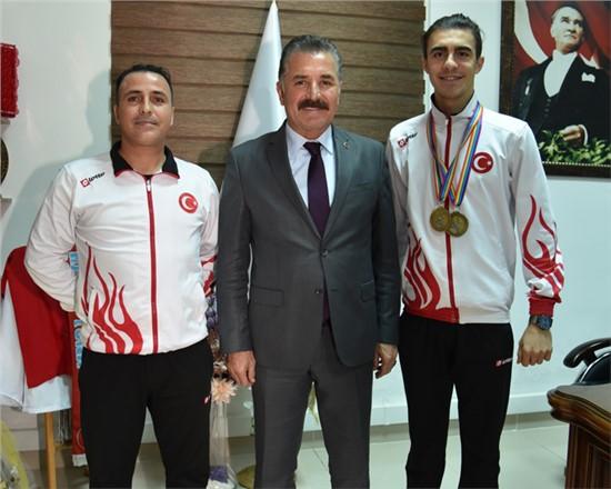 """Başkan Tuna; """"Sporcularımızın Başarıları Gurur Veriyor"""""""