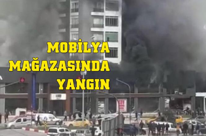 Mersin Mezitli'de Bir Mobilya Depo ve Satış Dükkanında Yangın