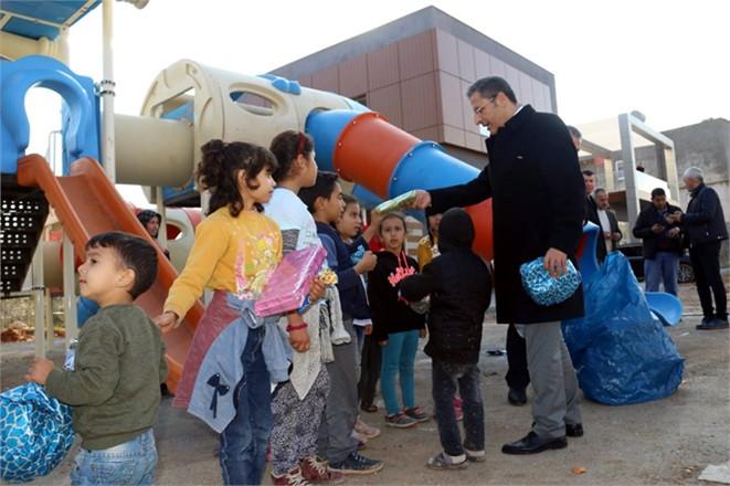 Akdeniz Belediye Başkanı Pamuk Çalışmaları Denetledi, Vatandaşları Dinledi