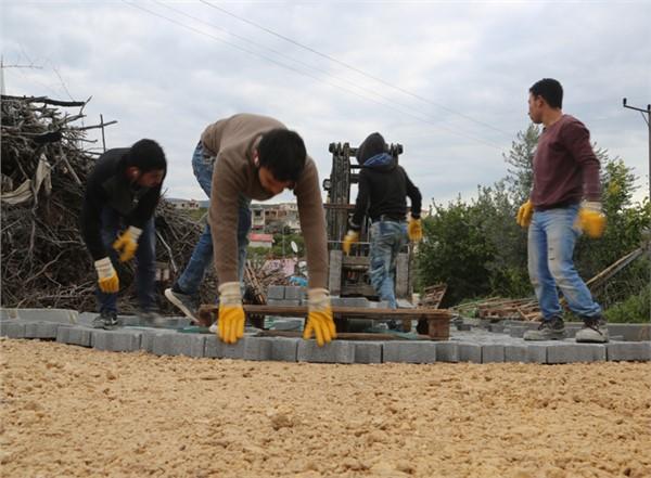 Hacıhalilarpaç Mahallesi Parke Yol Çalışmaları, Devam Ediyor