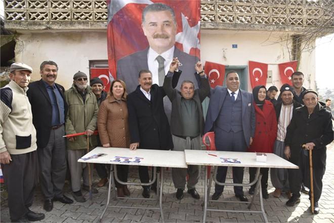 Başkan Tuna, Tarsus'ta Coşkuyla Karşılandı