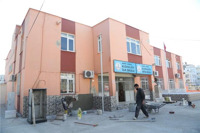 Erdemli Belediyesi'nden Eğitim Kurumlarına Destek! Kızkalesi İlk ve Ortaokuluna Yardım