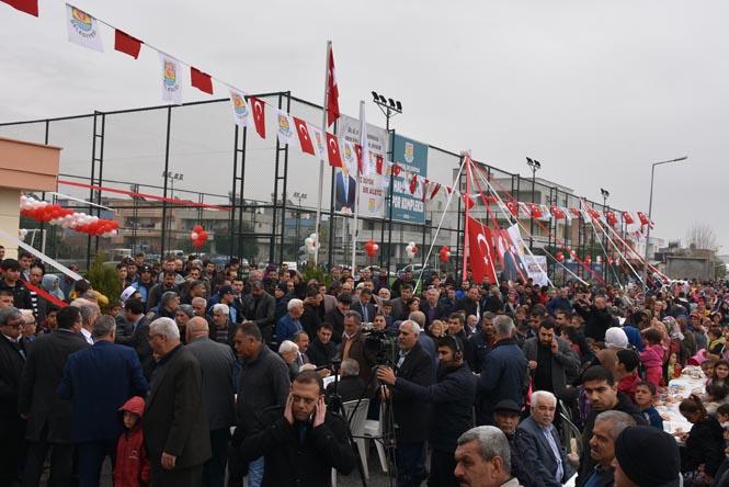 Tarsus Belediyesinden Açılış; Barbaros Mahallesi Halı Sahası ve Spor Kompleksi Hizmete Açıldı