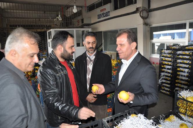 """Başkan Adayı Vahap Seçer, """"Üretici De, Tüketici De Mağdur"""""""