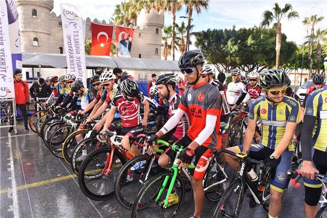 Türkiye Bisiklet Şampiyonası Mersin'de Başladı