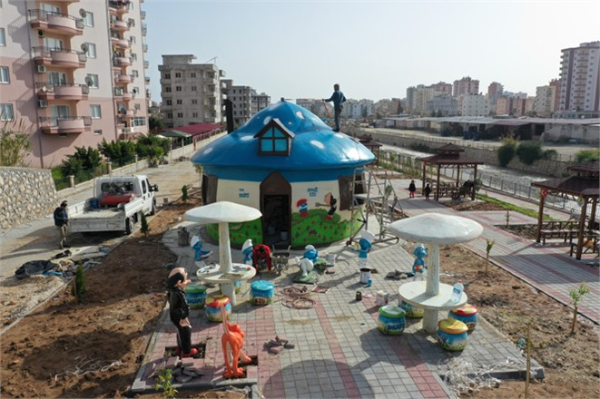 Mersin'in Erdemli İlçesi Alata Mahallesine Yapılan Park Projesinde Engellilere Yönelik Sosyal Alan