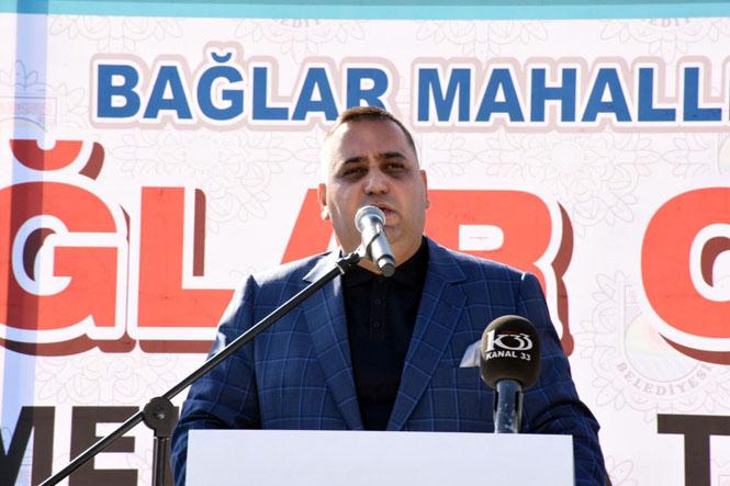 Tarsus Belediyesinden Miting Kalabalığıyla Temel Atma Töreni, Bağlar Camii Temeli Törenle Atıldı