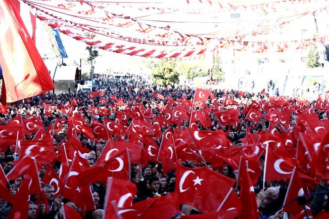 Cumhur İttifakı Mersin Adayları Mitingde Mersinli Vatandaşlarla Buluştu! Kalabalık Alan Sığmadı