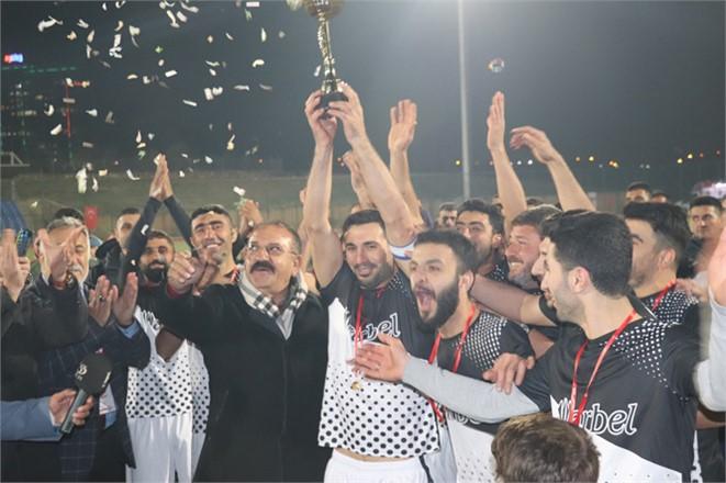 Mersin'de Bu Yıl Üçüncüsü Düzenlenen Arbel Futbol Turnuvası Sona Erdi