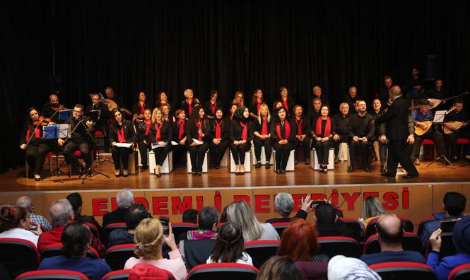 Erdemli Kültür Merkezinde İki Dev Konser