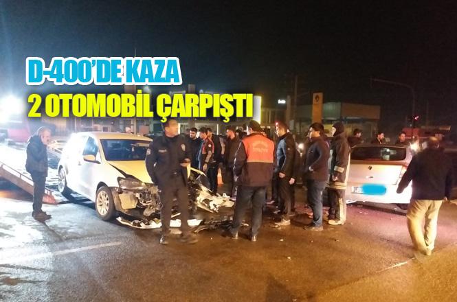 Gece Saatlerinde Trafik Kazası 2 Otomobil Çarpıştı