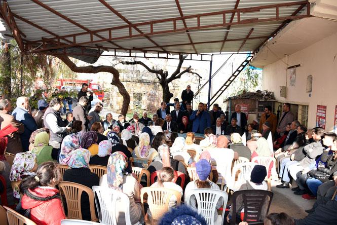 Cumhur İttifakı Tarsus Adayı ve Soğuk Havada Tarsus Belediye Başkanı Can'a Sıcak İlgi