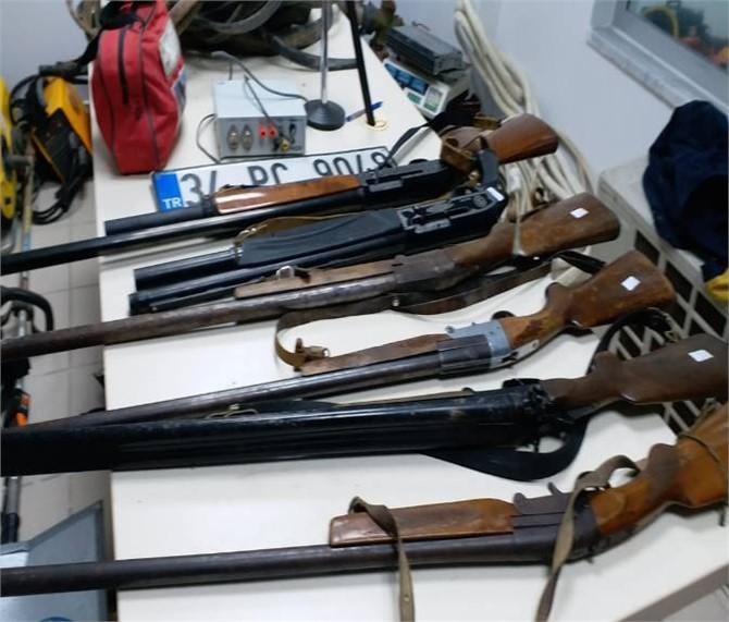 Mersin'de Jandarmaya Yakalanan Hırsızlar Sorguda Diğer Suçlarını da İtiraf Etti