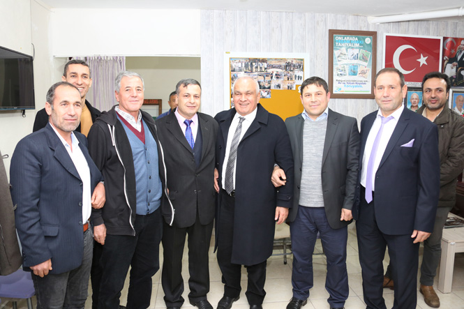 """Bir Dizi Ziyaretlerde Bulunan Erdemli Belediye Başkanı Mükerrem Tollu, """"İki Günü Bir Olan Ziyandadır"""""""