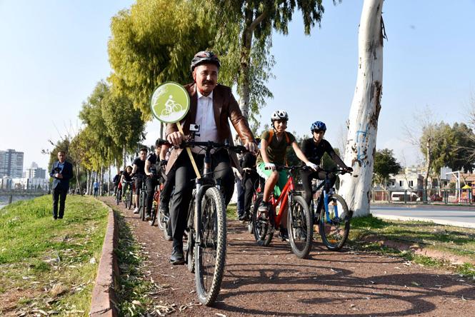 """Büyükşehir Başkan Adayı Tuna; """"Mersinimize Güvenli Bisiklet ve Yaya Yolları Yapacağız"""""""