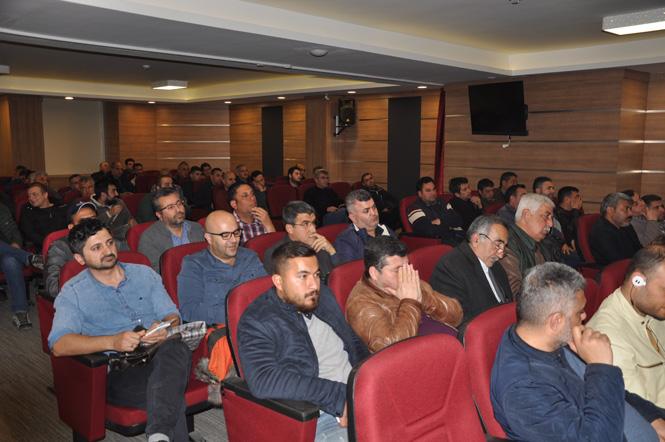 Tarsus'ta Bitki Koruma Ürünleri Bayi Bilgilendirme Toplantısı Yapıldı