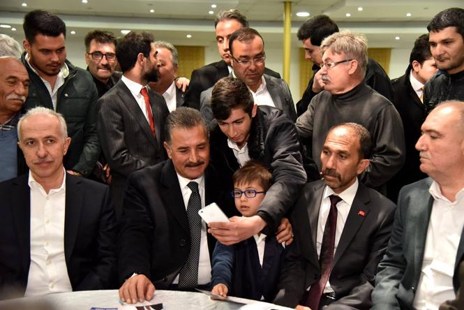 """Başkan Hamit Tuna; """"Kişilerle Değil, Büyük Projelerle Uğraşırız"""""""