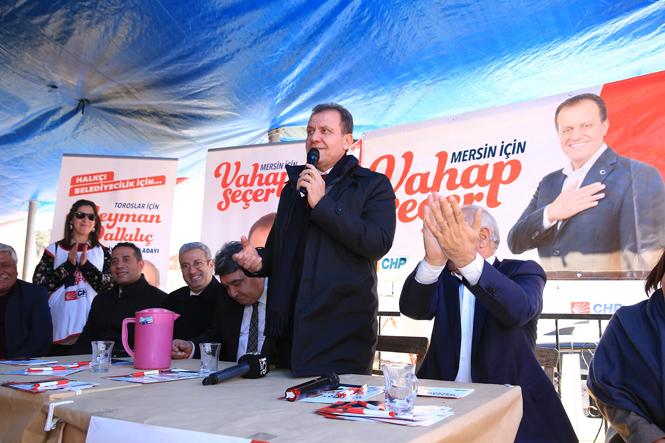 CHP Adayı Vahap Seçer, 'Rakiperle Farkı Açıyoruz'
