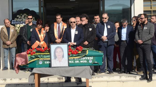 Mersin Üniversitesinin Acı Kaybı: Öğr. Gör. Feray Fennibilek Son Yolculuğuna Uğurlandı