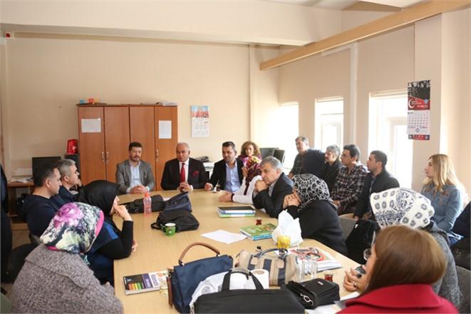 """Erdemli Belediye Başkanı Mükerrem Tollu, """"Toplumun Gözü Kulağı, Öğretmenlerimiz"""""""