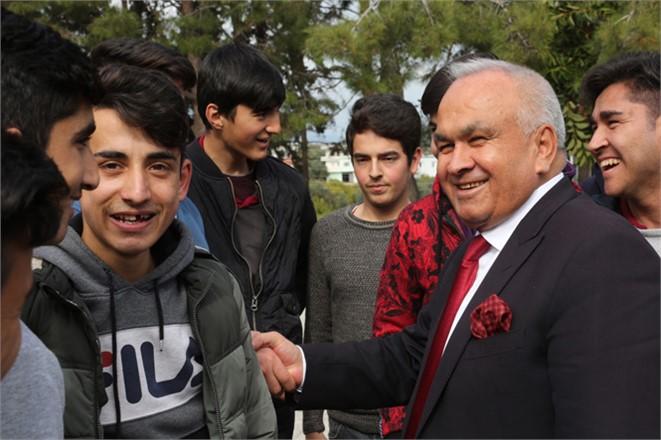 """Erdemli Belediye Başkanı Tollu, """"Müslüman Mahallesinde, Salyangoz Satılmaz"""""""