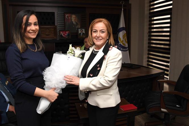 Büyükşehir Başkanı Kocamaz ve DP Adayı Yılmaz'dan Tarsus Borsasına Ziyaret