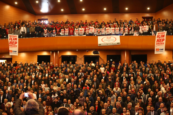 CHP Mersin Büyükşehir Belediye Başkan Adayı Vahap Seçer Projelerini Tanıttı