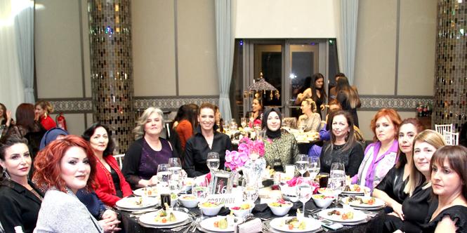 MTOSB'de Sanayici Kadınlar 8 Mart'ı Kutladı