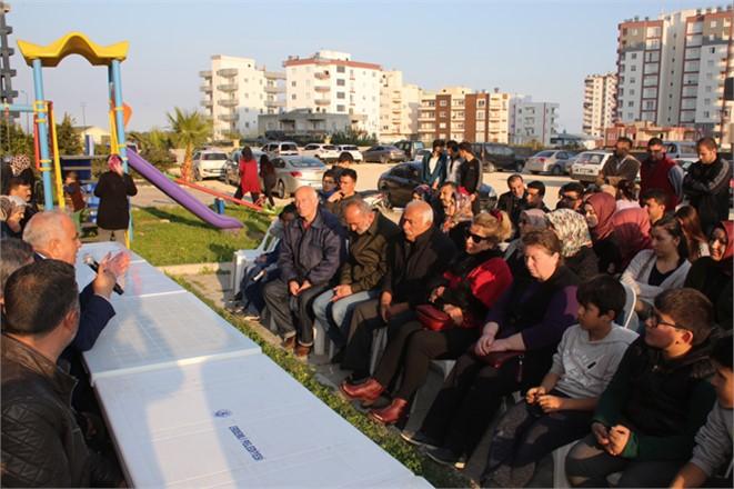 """Mersin Erdemli Tömük Cumhuriyet Mahallesinde Konuşan Tollu, """"Belediyecilik Gönül İşidir"""""""