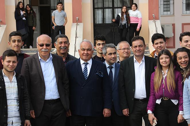 """Erdemli Belediye Başkanı Mükerrem Tollu, """"Eğitimin Pardonu Olmaz"""""""