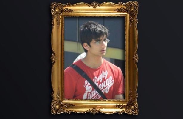 CHP Büyükşehir Adayı Vahap Seçer, Oğulları Vefat Eden Tamamoğulları Ailesinin Acısını Paylaştı