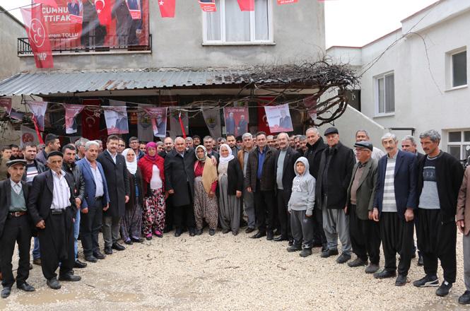 Erdemli Belediye Başkanı Tollu, Çamlı Mahallesi ve Ohut Mevki Sakinlerinin Davetine Katıldı