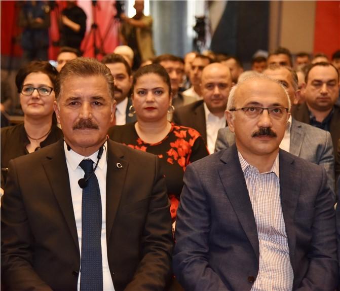 Başkan Hamit Tuna; 114 İddialı Projesini Sundu