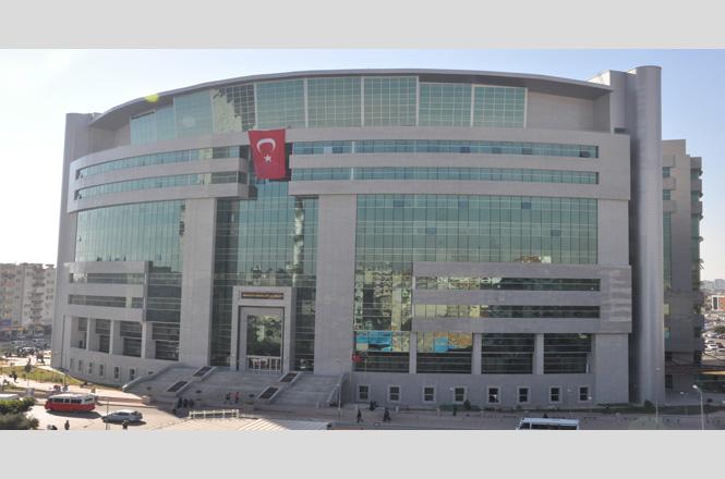 Mersin'de Polis Aracına Ateş Açan ve Molotof Atan Şüpheli 11 Kişi Gözaltına Alındı
