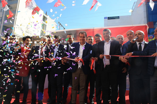 CHP'den Silifke, Yenişehir ve Tarsus'ta Gövde Gösterisi