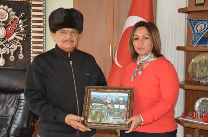 Çataklı Planlama Yöneticisinden, Gülnar Belediye Başkanı Ahmet Günel'e Veda Ziyareti
