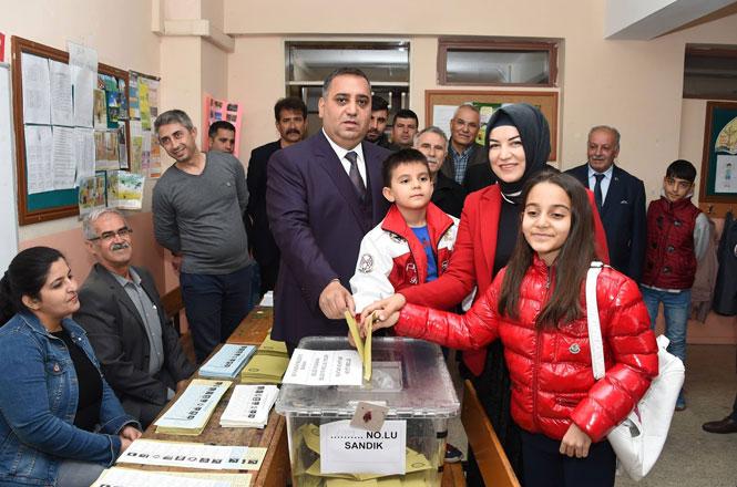 """Tarsus Belediye Başkanı Şevket Can, """"Oyunu Kullandı"""""""