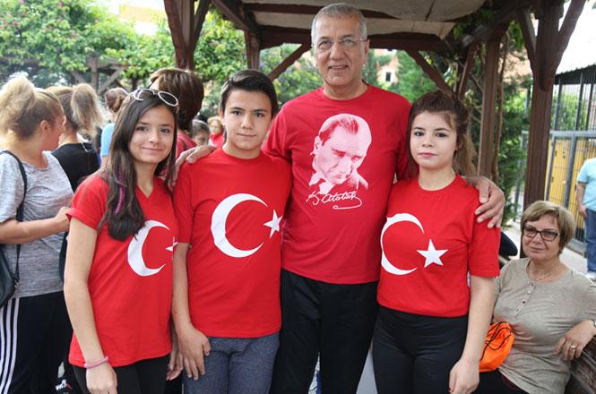 Mezitli Belediye Başkanı Neşet Tarhan'dan Örnek Kampanya