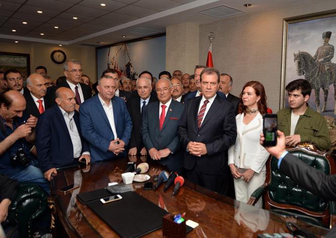 """Mersin Büyükşehir Belediye Başkanı Vahap Seçer; """"Herkesin Belediye Başkanı Vahap Seçer Dönemi Başlıyor"""""""
