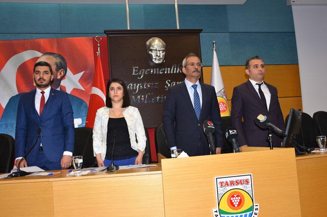 """Başkan Bozdoğan İlk Meclisi Toplantısını Yaptı """"Bu Kenti El Birliğiyle Ayağa Kaldıracağız"""""""