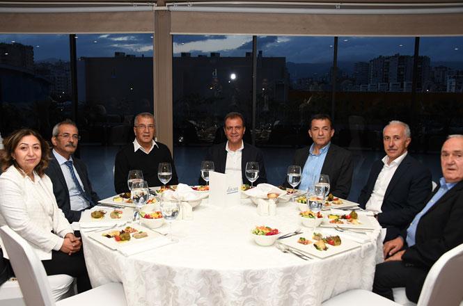 Büyükşehir Belediye Başkanı Seçer, Meclis Üyeleri İle Bir Araya Geldi