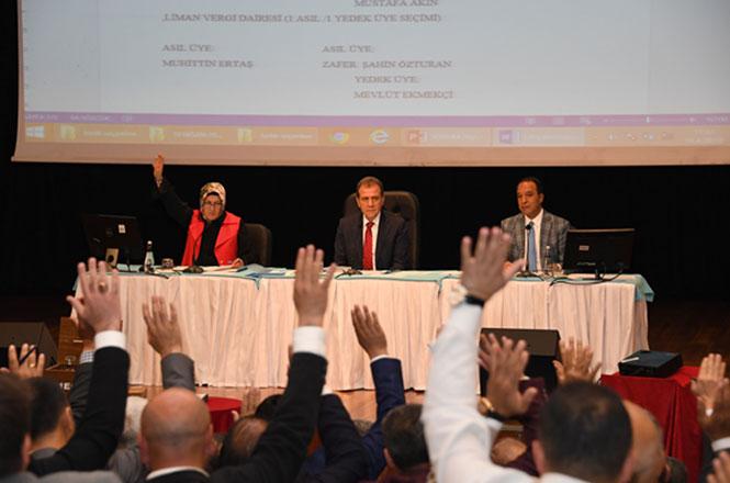 Mersin Büyükşehir Başkanı Seçer'den Meclis Üyelerine Birlik Çağrısı