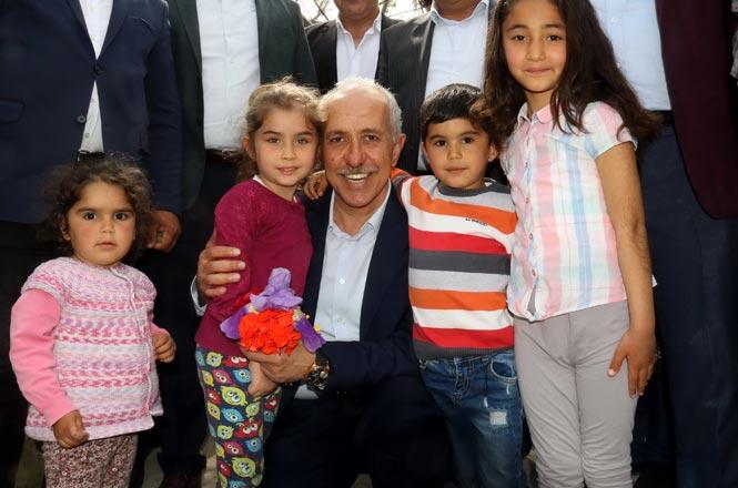 Akdeniz Belediye Başkanı Mustafa Gültak'tan 23 Nisan Mesajı