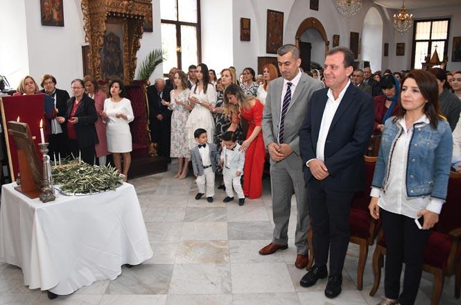 Başkan Seçer Ortodoks Kilisesi'nde Düzenlenen Paskalya Bayramına Katıldı