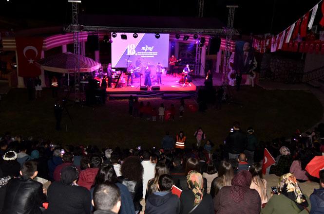Melikzade'den Muhteşem Konser