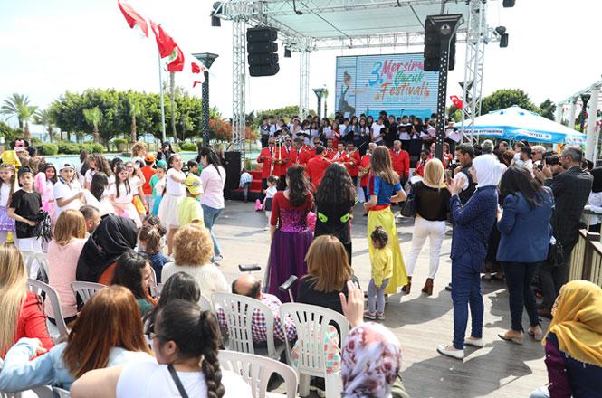 Çocukların Festivali; Mersin Çocuk Festivali Başladı! Mersin'de Erken Bayram