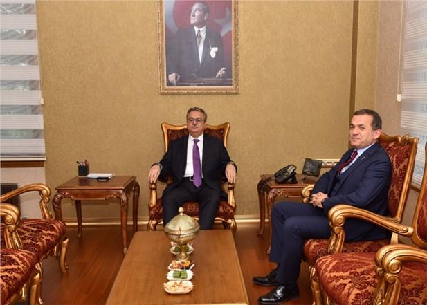 Vali Su, Yenişehir Belediye Başkanı Özyiğit'i Kabul Etti